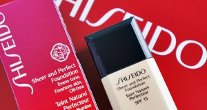 Esserbella: campione omaggio Sheer and Perfect Shiseido