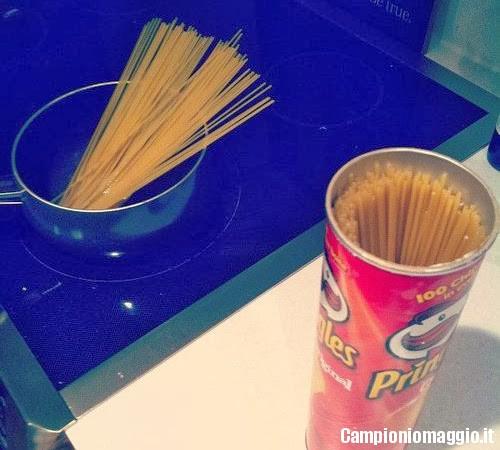 tubo patatine porta spaghetti