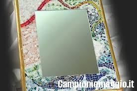 Come riciclare specchi rotti campioni omaggio - Specchio con piedistallo ...