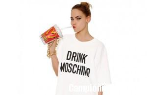 Vinci una t-shirt Moschino con Coca Cola Light