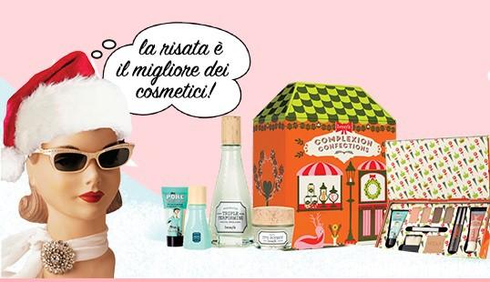 Vinci un Cofanetto Make-up Benefit con un sorriso