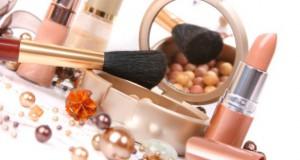 Risparmio make up: il doppio uso di alcuni cosmetici