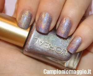 Diventa tester dello smalto Varnish L'Oreal Hologram