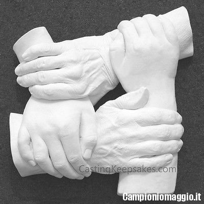calco-mani-famiglia